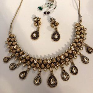 Jewelry - Antique gold plated stone pearl indian set